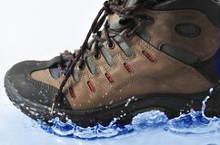The shoe falls in water Royalty Free Stock Photos