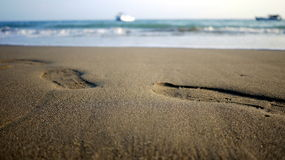 Shoe Step and Sea Royalty Free Stock Photography