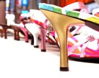 shoes kvinnan Fotografering för Bildbyråer
