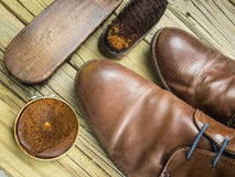 Shoes and shoe polish Royalty Free Stock Image