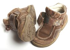 shoes ut slitet Arkivfoto
