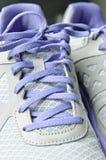Shoestring på sportskor Fotografering för Bildbyråer