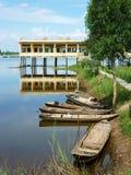 Shool vietnamiano na estação inundada Fotografia de Stock