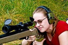 Shooting de la mujer Imagenes de archivo
