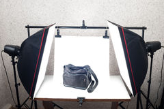 Shooting Table and studio lighting system Royalty Free Stock Photos