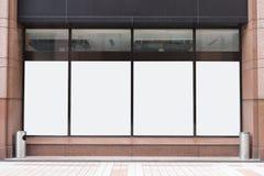 Shop-Butiken-Speicher-Front mit großem Fenster und Platz für Namen stockfotos