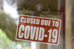 Free Shop Closed Due To Covid-19 Royalty Free Stock Photos - 180942478