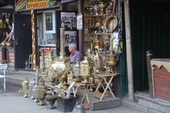 Shop selling samovars royalty free stock photography
