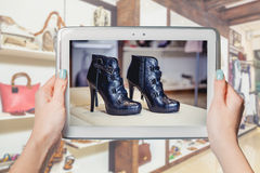 Shop women's shoes online Stock Photography
