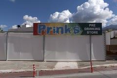 Shopfront de la tienda pre de consumición Malia, Creta, Grecia Imágenes de archivo libres de regalías