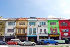 Shophouses на городке Kuching. Стоковые Изображения RF