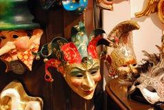 Shoppa fönsterskärm i Venedig, Italien royaltyfri foto