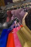 shoppa för kläder royaltyfri foto