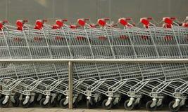shoppa för vagnar arkivfoto