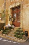 Shoppa framdelen i Provence Arkivbilder