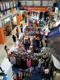 Shoppa i förorts- Singapore Arkivbilder