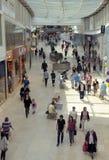 Shoppa i gallerien Royaltyfri Fotografi