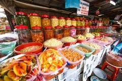 shoppa i pagod för Cambodja självständighetsdagenRoyal Palace silver Arkivfoton