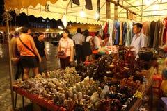 shoppa i pagod för Cambodja självständighetsdagenRoyal Palace silver Royaltyfri Fotografi