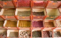 shoppa kryddan Arkivbilder