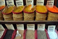 shoppa kryddor Royaltyfri Foto