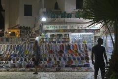 Shoppa med souvenir Royaltyfri Bild