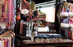 Shoppa med souvenir Royaltyfri Fotografi