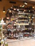 Shoppa med souvenir Arkivfoto