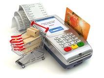 Shoppa online-begrepp Pos.-terminal med kreditkorten och shopp Arkivfoto