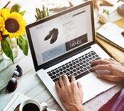 Shoppa online-betalning shoppa kreditkortbegreppet Arkivbild