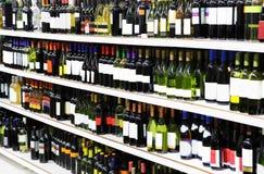 shoppa wine Arkivfoto
