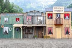 Shoppar av en lös västra cowboystad Arkivbild