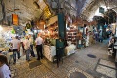 Shoppar i Jerusalem Arkivfoto