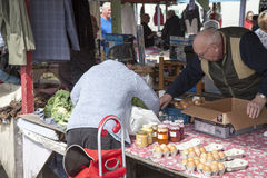 Shoppers at Prestatyn open air market and carboot sales Royalty Free Stock Photos