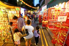 Shoppin lunar chino del Año Nuevo de Singapur Chinatown Foto de archivo libre de regalías