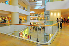 Shopping arcade, hong kong. Interior view with the long interconnecting walkways of the popular shopping arcade, pacific place, hong kong Royalty Free Stock Photography