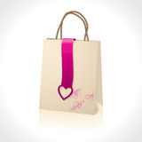 Shopping bag with valentine heart Royalty Free Stock Image