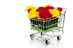 Shopping cart with roses Royalty Free Stock Images