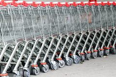 Shopping cart in the supermarket Royalty Free Stock Photography