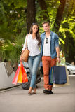 Shopping couple outdoor Royalty Free Stock Photography