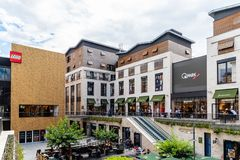Shopping luxuoso no Bordéus em França foto de stock royalty free