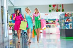 Shopping in the mall Royalty Free Stock Images