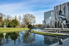 Free Shopping Mall, Park Hofgarten, Koe-Bogen, Dusseldorf Stock Images - 106644344