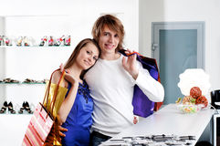 Shopping  smile couple at the mall Royalty Free Stock Photo