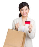 Shopping woman happy take credit card and shopping bag Royalty Free Stock Photography