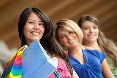 Shopping women smiling Royalty Free Stock Images