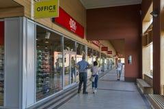 Shoppinggalleria M3 i Polgar, Ungern Royaltyfri Foto