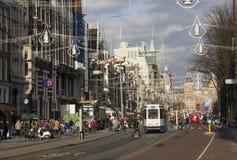 Shoppinggata i Amsterdam, Holland Arkivbilder