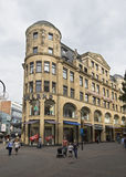 Shoppinggata i Cologne, Tyskland arkivbild