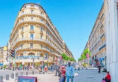 Shoppinggatan av Marseille Royaltyfri Bild